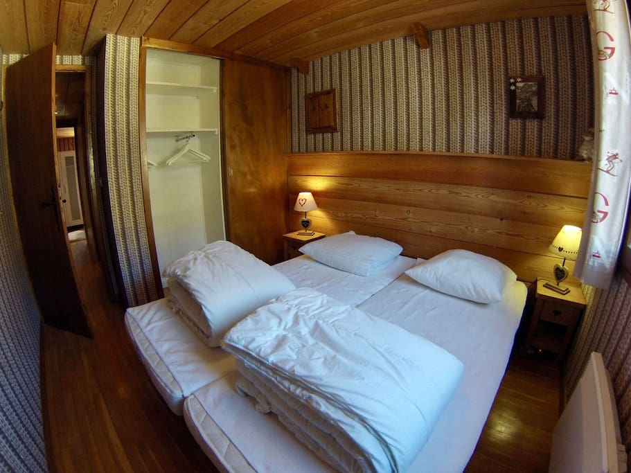 "Chambre ""Olympique"" chalet famille"