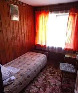 Комната для отдыха одного гостя в п. Рыбачий