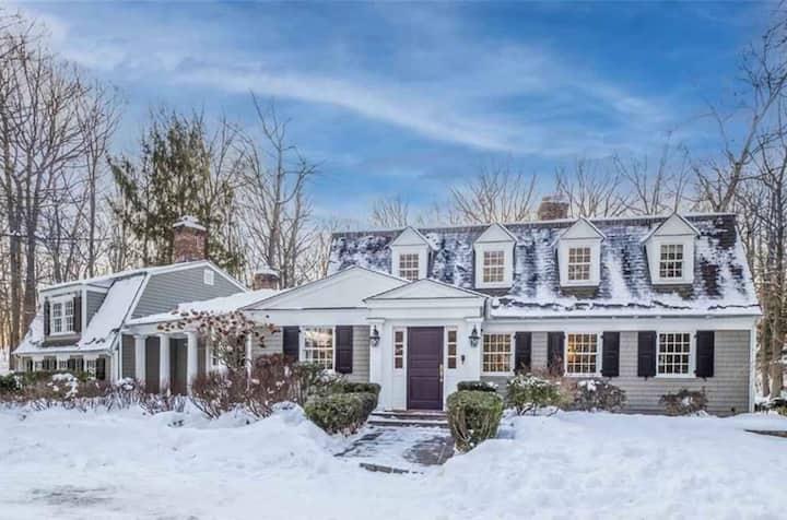 新英格兰乡村度假别墅Room 1,近纽约、波士顿,交通便利,体验都市的繁华喧嚣与乡村的宁静优美。