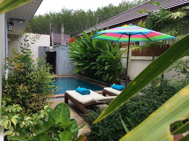 Nava Pool Villa AoNang - Ao Nang - Hus