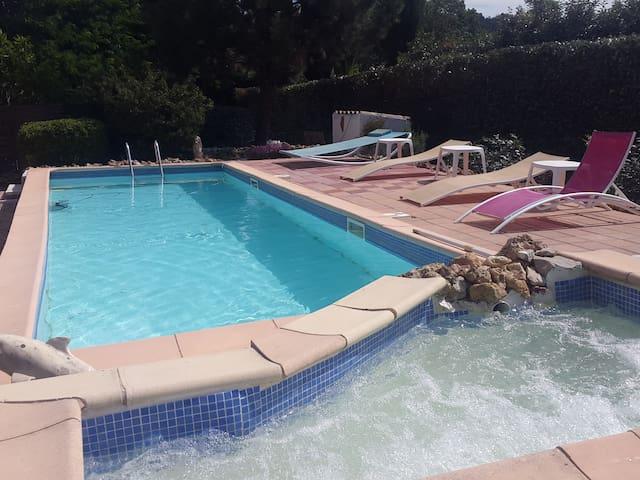 gites avec piscine - Le Thoronet - Luontohotelli