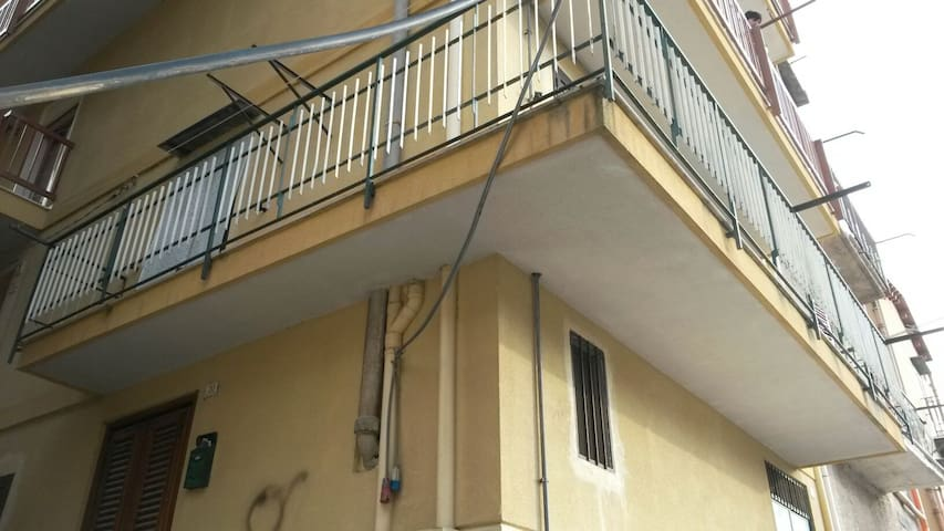 Comodissimo appartamento, Altofonte - Altofonte - Hus