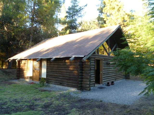 Woody Lodge - Real log cabin