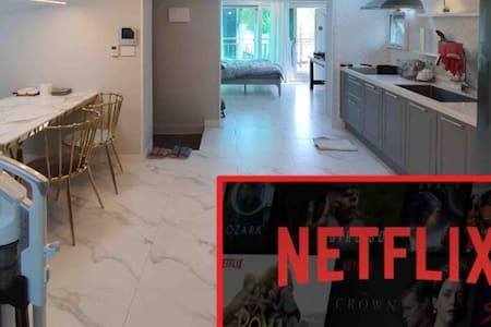 [집:렐라하]모던건축학도집에서 살아보자성수기요금일절미적용&고급.안락한 퀄리티. 올세탁소독.