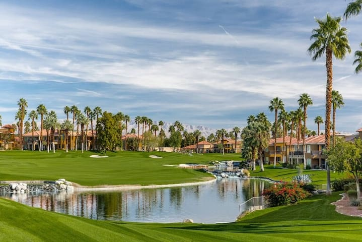 Marriott Villas II Beautiful GUEST RM Palm Desert