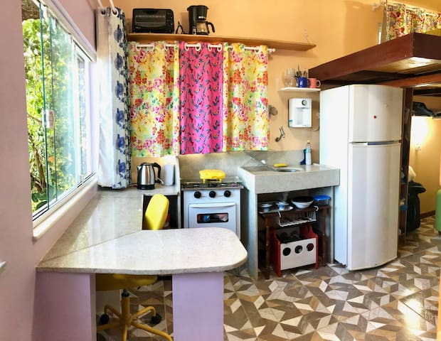 Peachy Lavender Delight~Private Kitchenette for 2