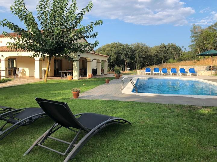 Lovelydays • Mas Bella, Costa Brava • 5BR house