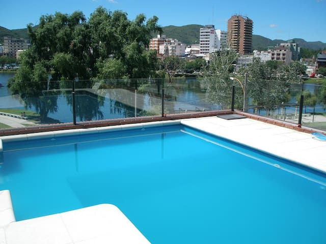 Apartment with swimming pool street M. Juarez 128 - Villa Carlos Paz - Apartemen