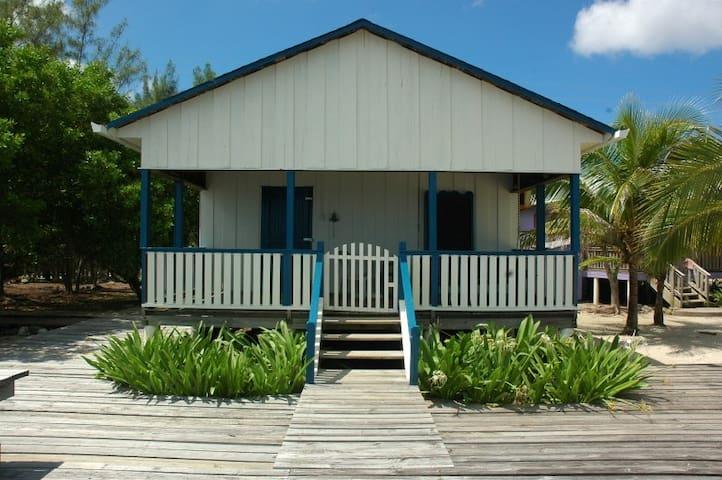 Bayside Bungalow - Utila - บ้าน