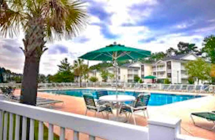 Myrtle Beach Serenity! Minutes to the beach & golf