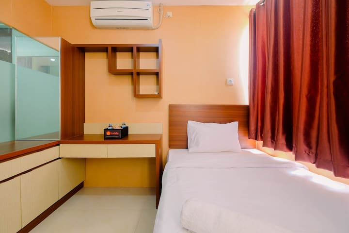 Cozy Studio Apartment at Saladdin Mansion Depok