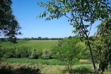 Il panorama visibile dal giardino -  The view from the garden