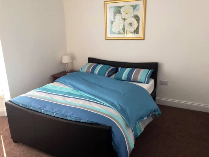 Luxurious 2 bedrooms in a self contained flat.