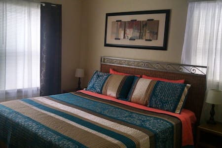 2 Bedroom House near Idaho Center - Nampa