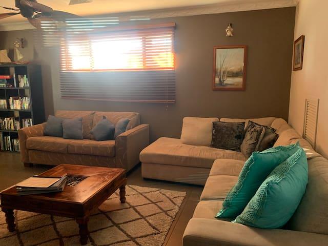 Main loungeroom