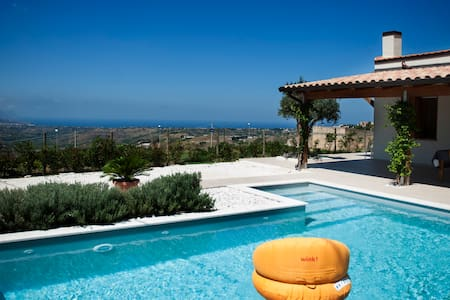 villa in the hills with pool - Alcamo