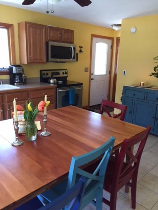 Kitchen || Table Seats Eight