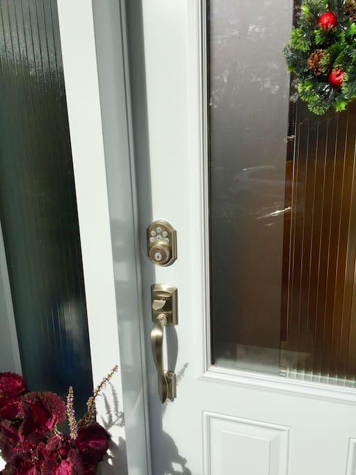 Smartlock door main entrance