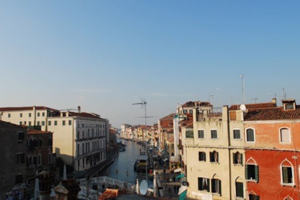 venice from the top flats for rent in venezia veneto italy. Black Bedroom Furniture Sets. Home Design Ideas