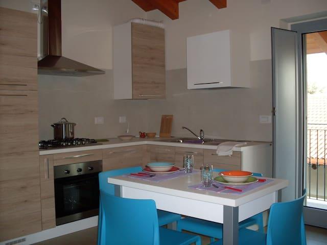 Appartamento Irma Ca' Nibil - Paruzzaro - Apartemen