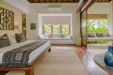 The Bungalow Suite at Canggu's Most Iconic Villa