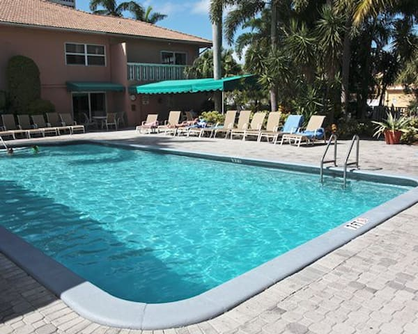 Studio Apt. Coconut Bay Resort Fort Lauderdale