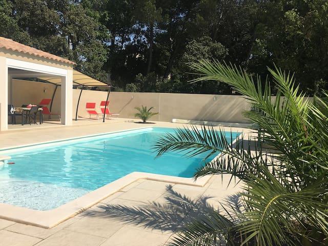 Chambre privée dans belle villa