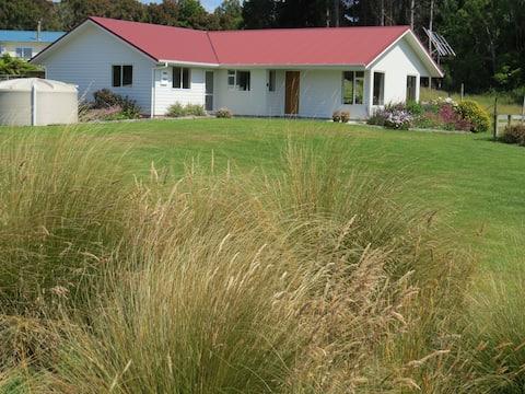 Waikawa House