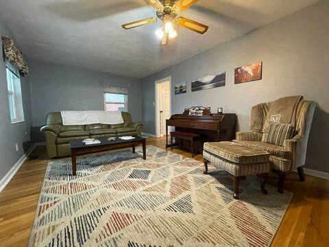 Southview getaway!  Two bedroom home with a lower level and spacious backyard. 5 minutes from Grants Trail.