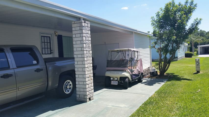 Home away from home in sunny Orlando, area - Auburndale - House