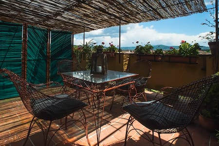 APARTMENT WITH TERRACE ON THE ROOFS - Firenze - Apartment