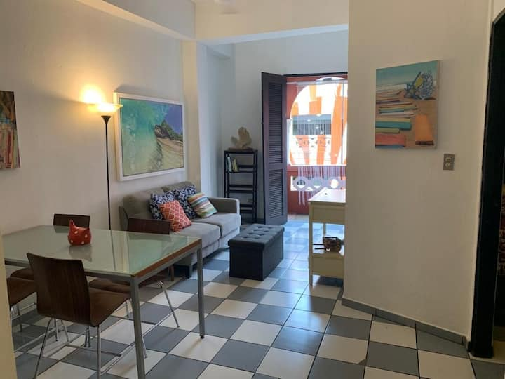 Easy Stay Apartment near Cruise Port with Wifi/AC