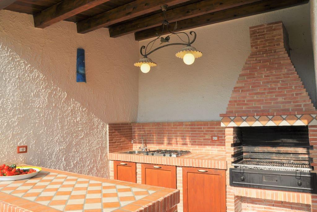 cucina esterna e barbecue