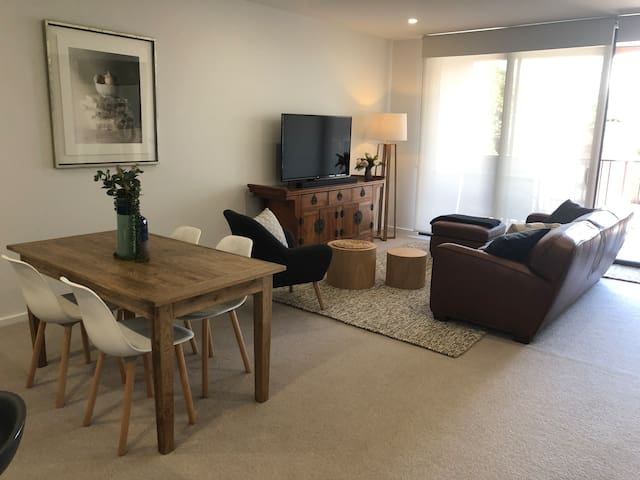Eastend Executive Apartments - Two Bedroom