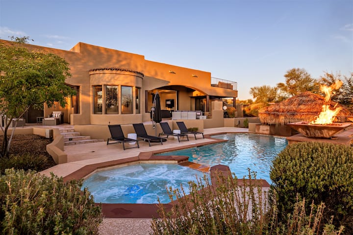 Heated* pool w/swim up bar, spa, roof-top deck & much more!