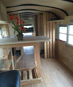 Tiny House 5 Minutes from Coachella - Thermal - Camper