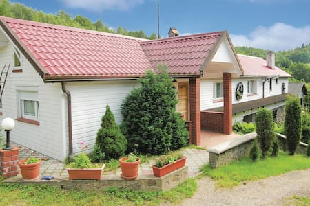 Holiday cottage with 4 bedrooms on 120m² in Brodnica Górna