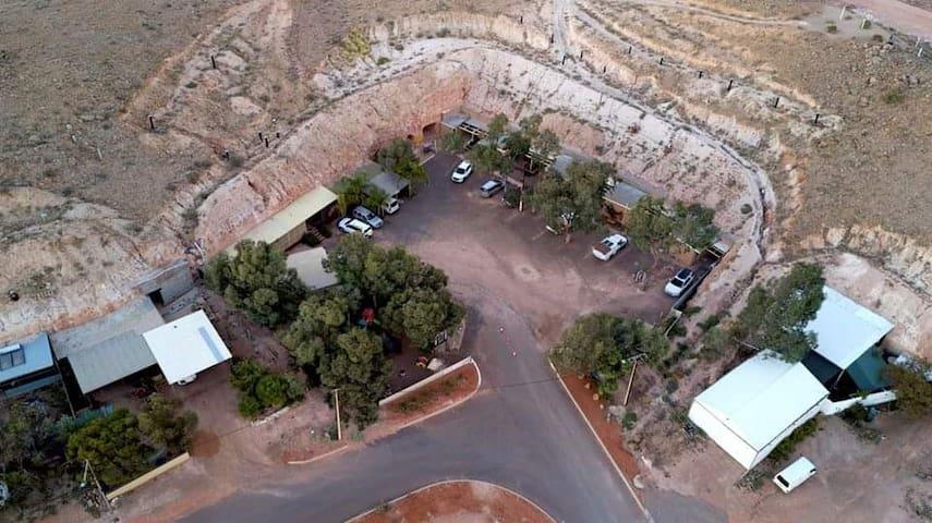 Desert View Undergound Apartments