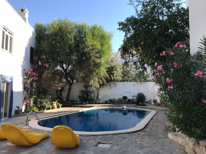 Mirelis Residence B8, 2 bed flat with shared pool