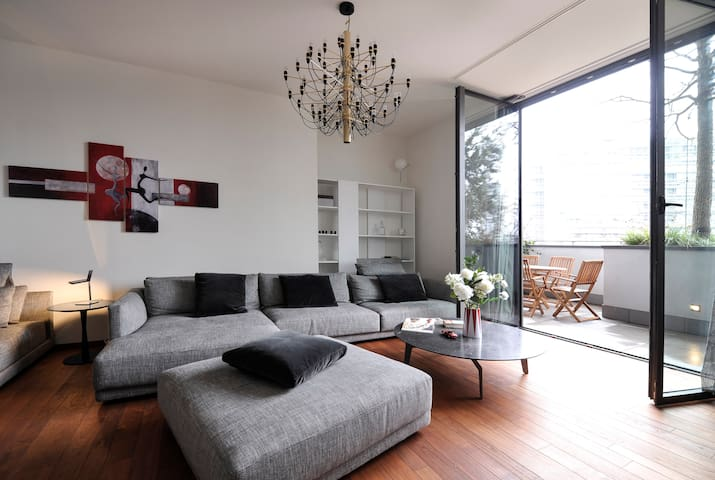Beautiful 2bdr apartment in Vertical Forest! 82571