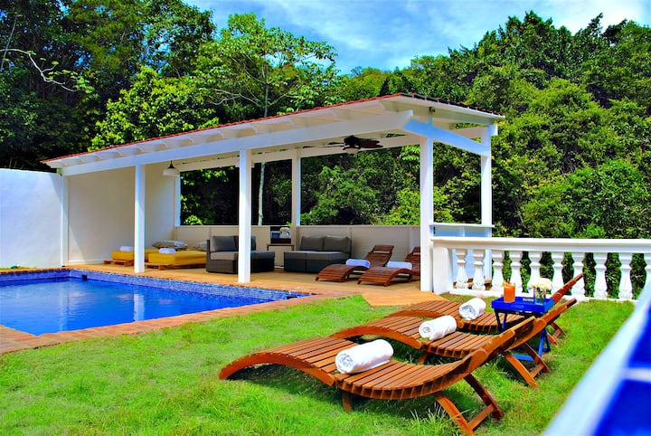 Villa for 8 in the middle of Alpes, Jarabacoa
