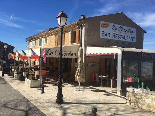 Gîtes et restaurant Le Chardon 2