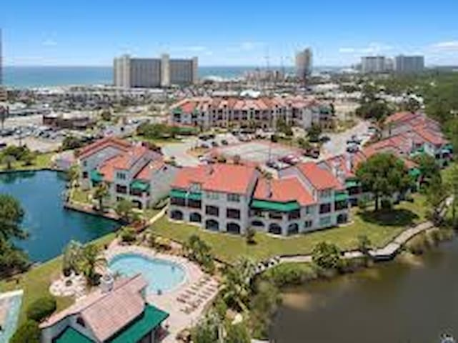 Condo complex situated on the lagoon and within short distance to the gulf of Mexico