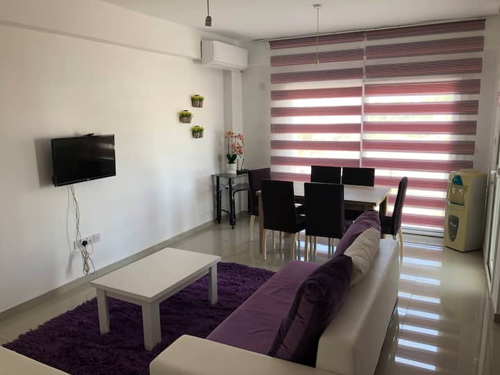 Newly Decorated - Cozy Apartment in Nicosia