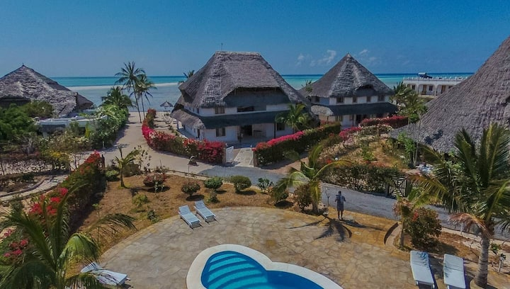Watamu's Finest Sea-Front Boutique Hotel - Watamu