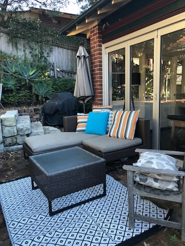 Outside lounge and BBQ