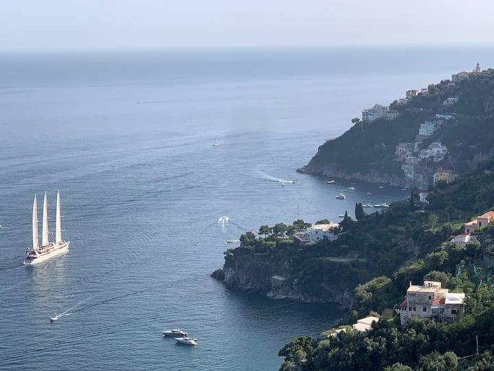 Casa MareLuna- Sea View-Free WiFi-Parking Area- AC