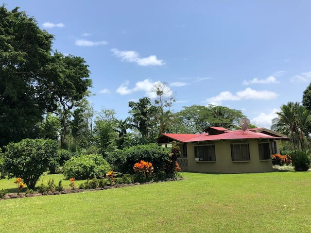Full Equipped House near Arenal Volcano