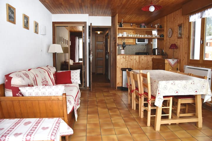 Pretty mountain style 1 bedroomed apartment