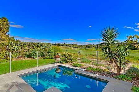 Luxurious Golf house with Private Plunge Pool - Magenta